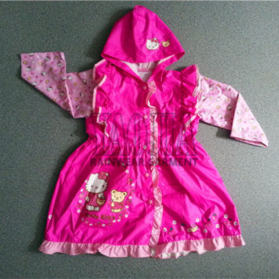 Pretty Design Pink Color PVC Waterproof Rain Wear for Girls