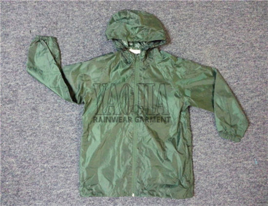 Polyester Windbreaker Outdoor Sports Jacket with AC Coating
