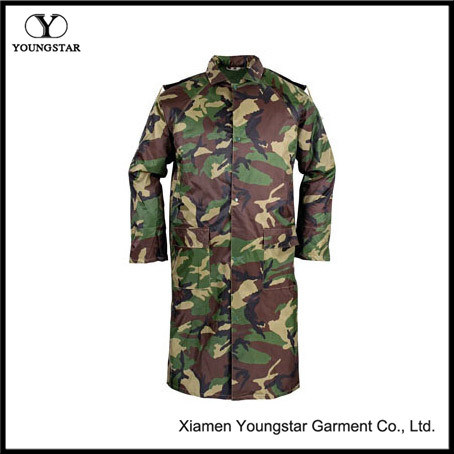 Waterproof Military Camouflage PVC Raincoat with Button Type